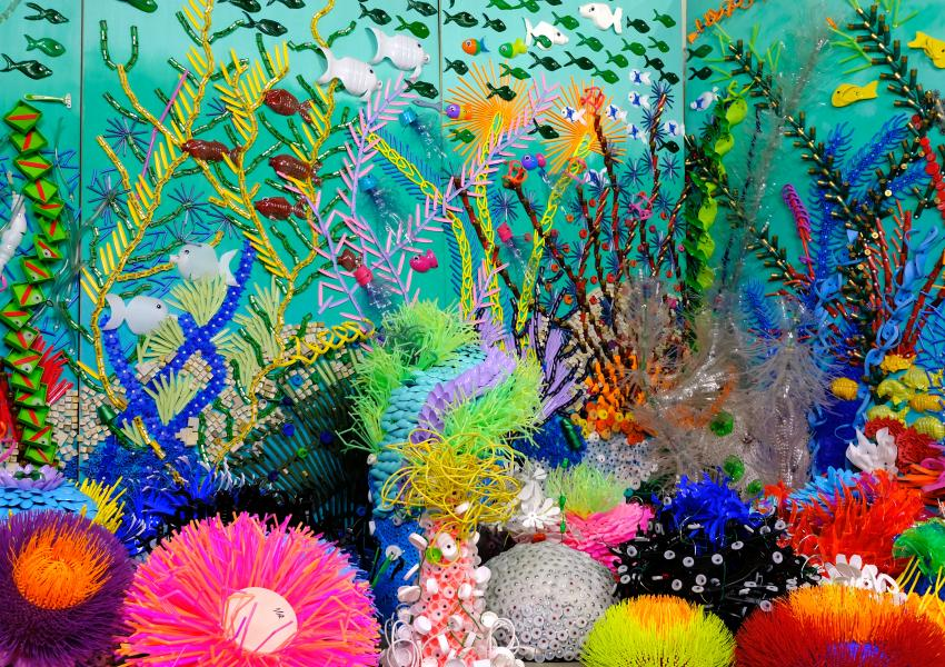 Corel reef sculpture by artist Federico Uribe